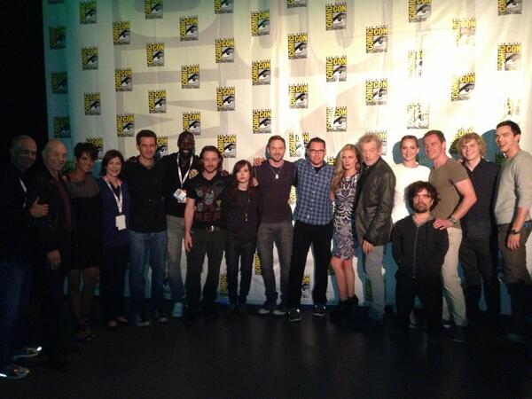 Bryan Singer tweet cast photo X-MEn Days of Future Past from SDCC