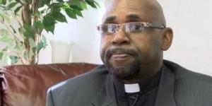 Pastor Carl Sanders
