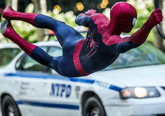 Spiderman in action Amazing Spider-man 2 photo