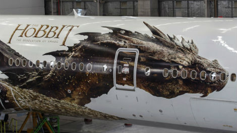air-new-zealand-reveals-first-full-image-of-smaug the hobbit dragon