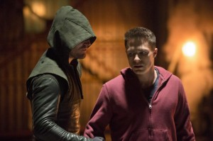 Arrow 2 Colton Haynes Stephen Amell training