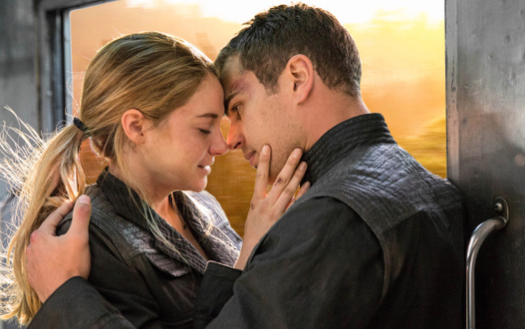 Shailene Woodley Theo James Divergent photo