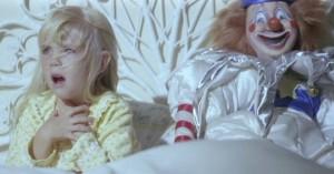 poltergeist-photo clown in bed