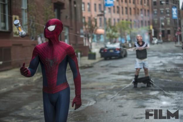 the-amazing-spider-man-2-andrew-garfield-paul-giamatti