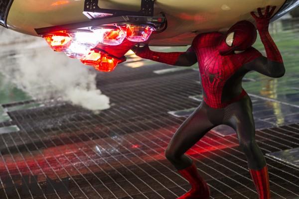 the-amazing-spider-man-2-andrew-garfield-ship