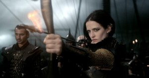 300-rise-of-an-empire-eva-green-bow arrow