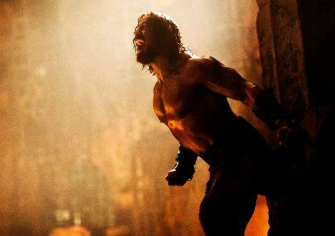 dwayne-johnson-stars-in-first-pair-of-hercules-images chains