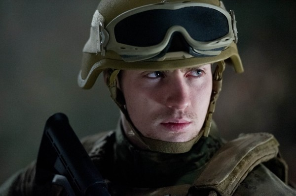 godzilla-aaron-taylor-johnson-photo