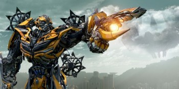 Transformers-age of extinction-Bumblebee-stars-photo