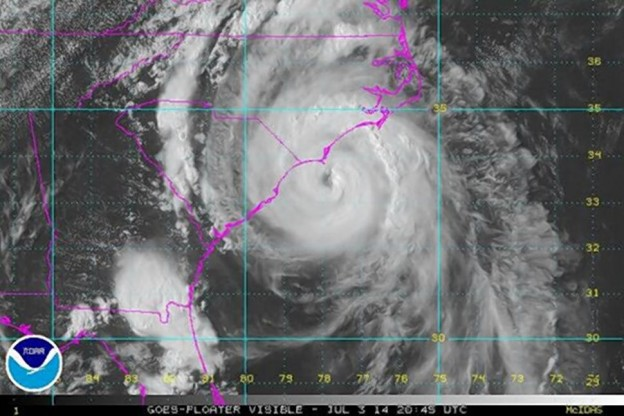Hurricane Arthur heading to North Carolina  photo/NOAA satellite image