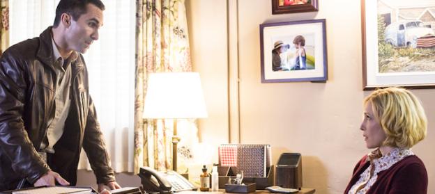 Nestor Carbonell Vera Farmia Bates Motel season 2 photo