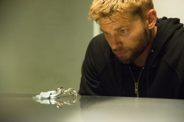 Under-the-Dome-Episode-2_09-Promotional-Photo Mike Vogel as Barbie