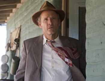 John Benjamin Hickey as Frank Winter Manhattan season 1 photo