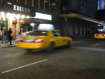 Why New Yorkers should share a cab? photo/The Wordsmith via Wikimedia