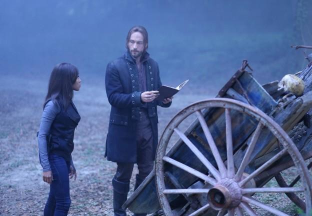 Nicole Beharie Tom Mison Sleepy Hollow season 2 photo