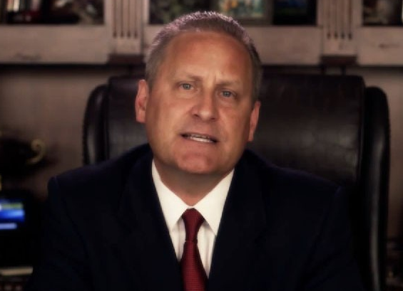 """Steve Green of Hobby Lobby calling on Christians to """"Stand Up""""  photo/YouTube"""