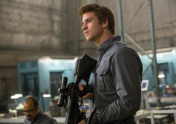 Liam Hemsworth as Gale Hunger Games Mockingjay photo