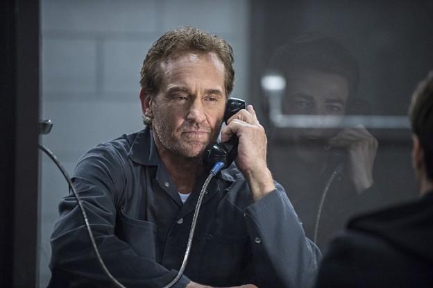 The-Flash-season-1-episode-3-Henry-Allen JOhn Wesley Shipp