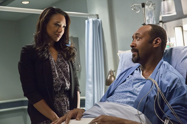 The-Flash-season-1-episode-3-Iris-Joe Candice Patton Jesse Martin