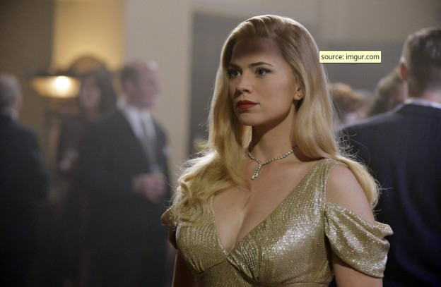 Hayley Atwell in blonde disguise Agent Carter photo