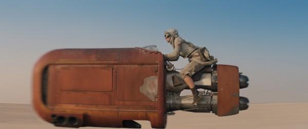 star-wars-the-force-awakens-Daisy Ridley on speeder photo