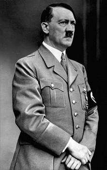 Adolf Hitler in 1937, Attribution: Bundesarchiv, Bild 183-S33882 / CC-BY-SA