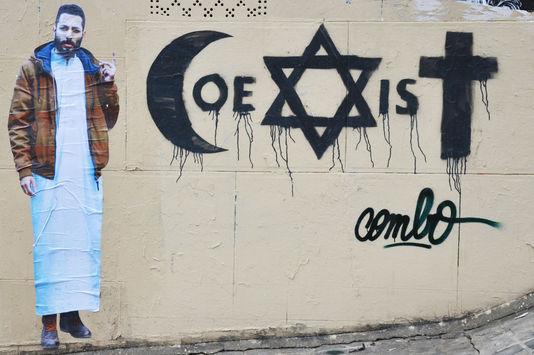 Combo coexist graffitti attack