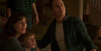 Poltergeist 2015 family photo Sam Rockwell, Rosemarie DeWitt