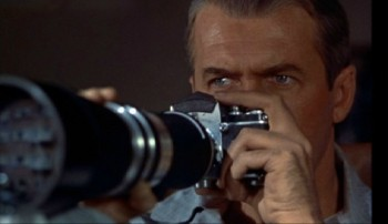 Rear-Window-pic-Jimmy Stewart with camera