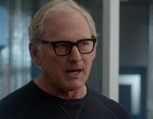 Victor garber as Dr Stein in The Flash