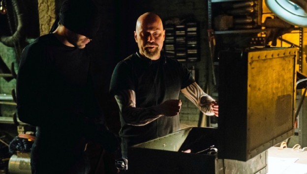 Daredevil-Empire- Charlie Cox getting weapons