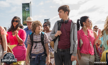 Nick Robinson Ty Simpkins Jurassic World photo theme park