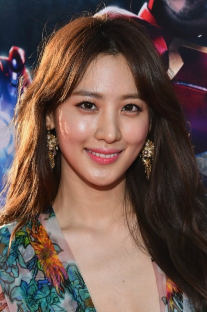 """Claudia Kim attends the world premiere of Marvel's """"Avengers: Age Of Ultron"""" at the Dolby Theatre on April 13, 2015 in Hollywood, California. (Photo by Alberto E. Rodriguez/Getty Images for Disney)"""