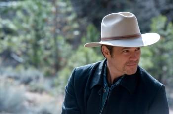 justified-fugitive-number-one-timothy olyphant