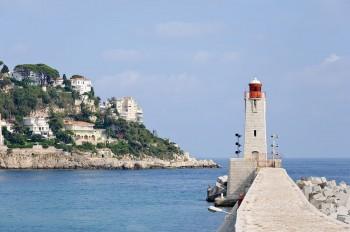 The lighthouse of Nice, on the Mediterranean coast (French Riviera). 2010 photo/ Myrabella via wikimedia commons