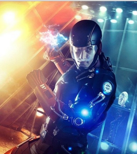 Brandon Routh as Ray Palmer Atom Arrow season 3 poster