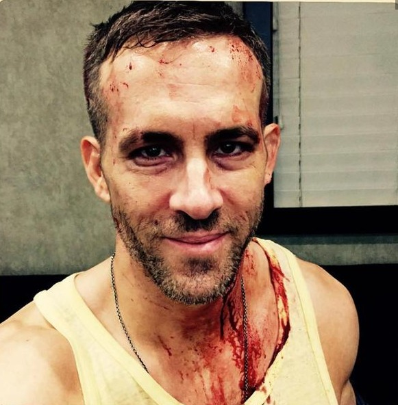 Ryan Reynolds Deadpool bloody photo