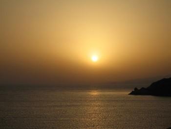 Sunset from Seabourn Spirit, Mykonos, Greece. 2007 photo/ Tim via wikimedia commons