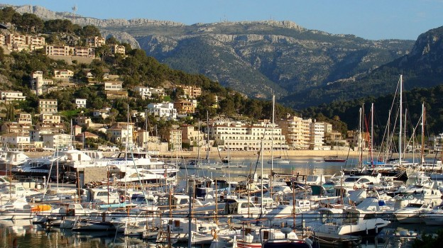 Village in the island of Mallorca  2015 photo/ Paasikivi via wikimedia commons
