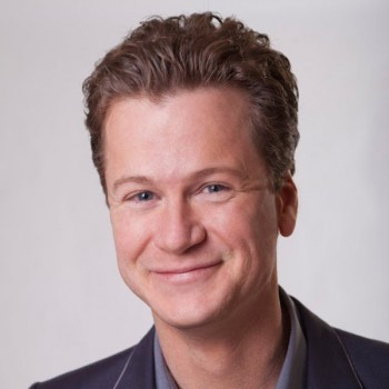 Jonathan Mangum portrait photo