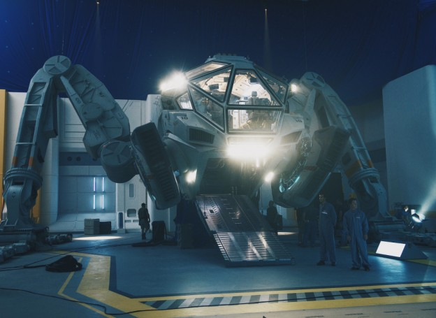 "Moon Tug spacecraft from ""Independence Day Resurgence"""
