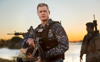 last-ship_photo Eric Dane as Captain Chandler