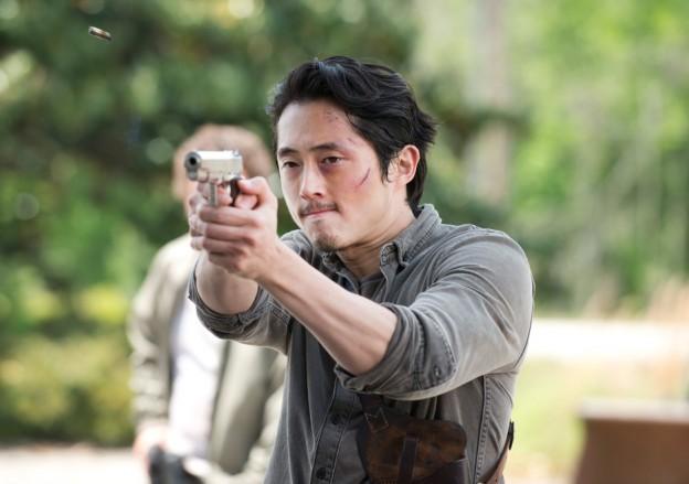 the-walking-dead-episode-601-sneak-glenn-steven yeun-935