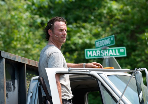 the-walking-dead-episode-601-sneak-rick-andrew lincoln-935