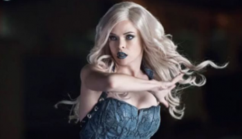 The Flash season 2 danielle Panabaker as Killer Frost photo
