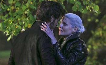 Once Upon a Time season 5 colin o donaghue as Hook Jennifer morrison emma swan