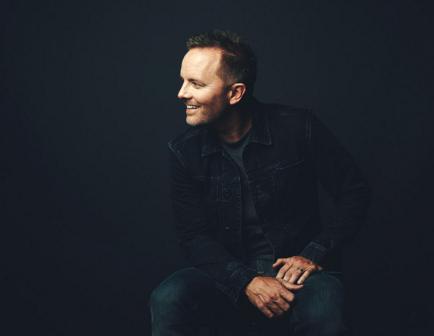 Chris Tomlin photo