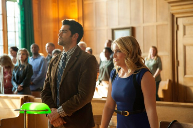 Gods Not Dead 2 melissa joan hart and jesse-metcalfe stand-in-court