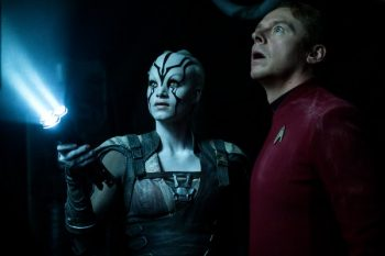 star-trek-beyond-simon-pegg-sofia-boutella-600x399