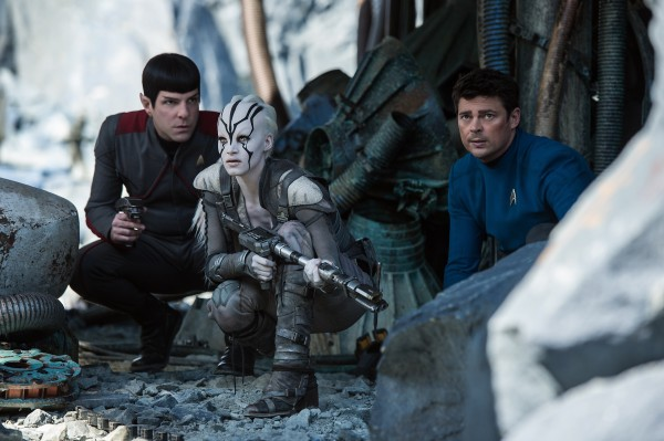 star-trek-beyond-zachary-quinto-karl-urban-sofia boutella photo